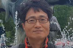 Sung-Keun Rhee